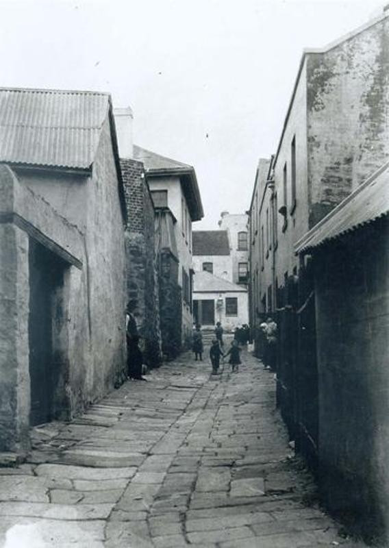 Cribbs Lane through the centre of the site in c1901